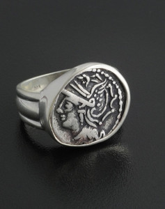anceint roman coin ring