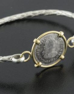 el cazador shipwreck half real coin bracelet