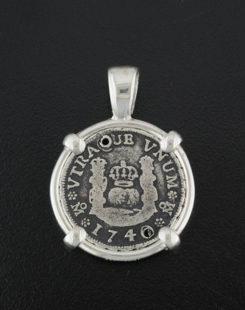 spanish one real pillar coin pendant
