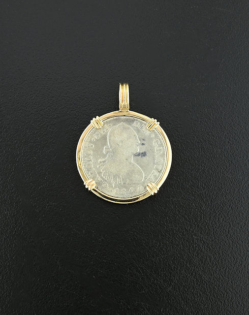 spanish one real bust coin pendant