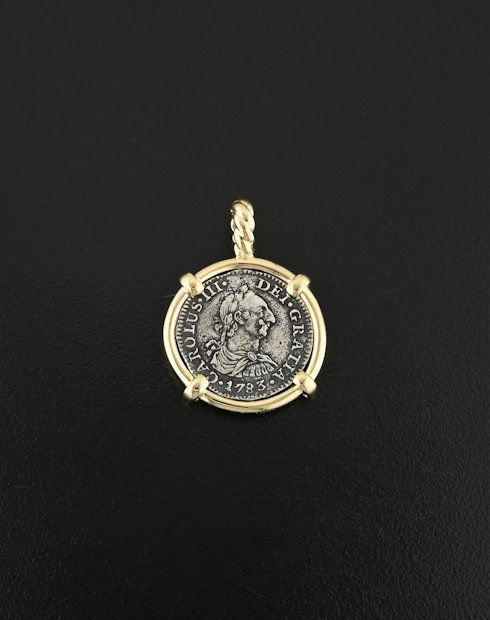 spanish half real bust coin pendant