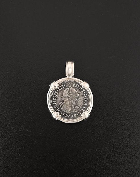 el cazaddor shipwreck coin pendant